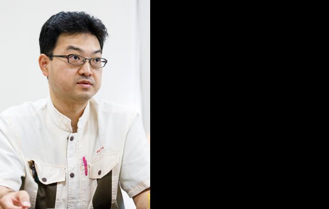 ゼブラ株式会社 社長室 IT運用課 狐塚 一浩 氏
